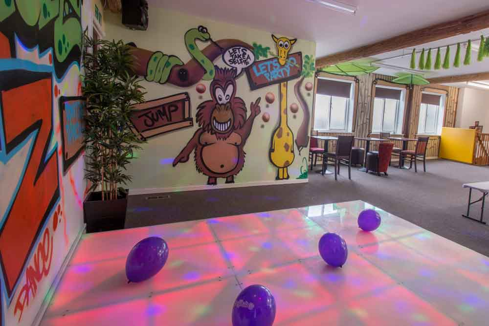 junglecatz party room
